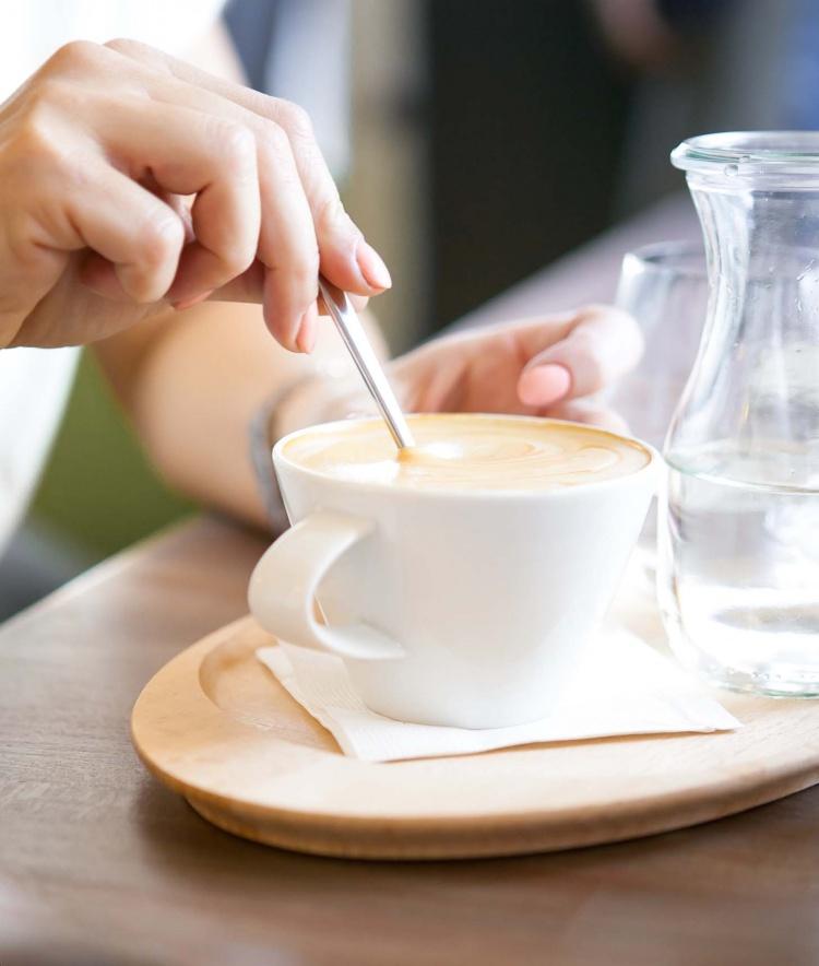 Reggeli, kávé, barátságos környezet